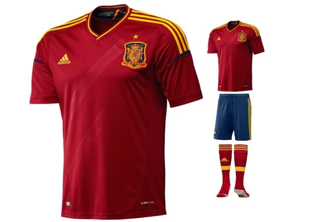 Новая футбольная форма adidas для сборных выступающих на Евро 2012.  Фото.